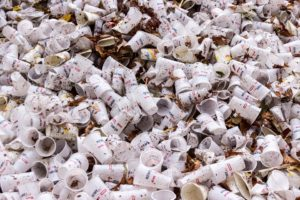 gobelets en plastique jetable